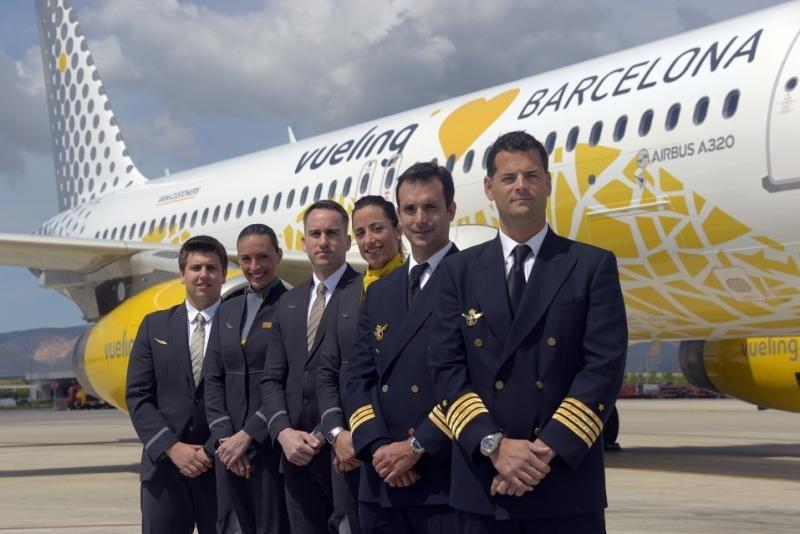 Vueling busca pilotos para sus bases de España, Francia e Italia