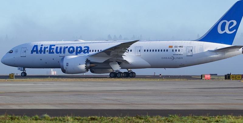 Air Europa relanza su tarifa sin equipaje en vuelos de largo radio