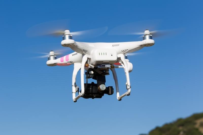 Imagen: un dron de uso comercial.