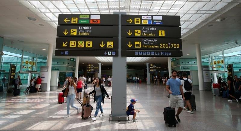 El Prat, único aeropuerto español entre los europeos de mayor crecimiento /Foto: Reuters/Albert Gea).
