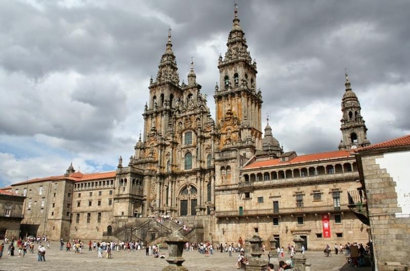 El Clúster Turismo de Galicia promueve la formación en el sector