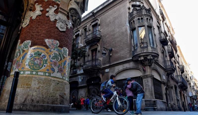 La zona recupera su calificación como equipamiento. Foto: La Vanguardia (Álex García).