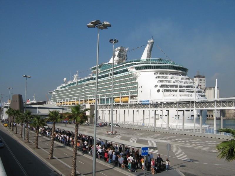 Se agudiza el descenso de la cifra de cruceristas en Barcelona