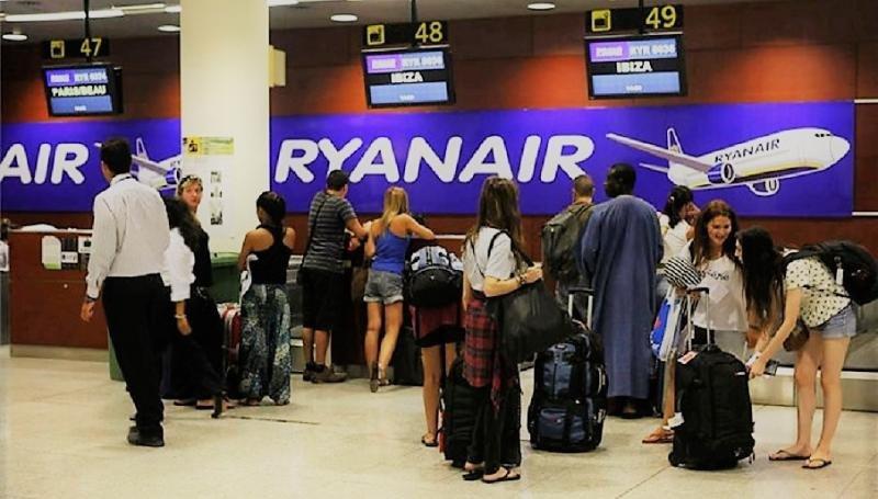 ¿Qué pueden hacer los pasajeros afectados por Ryanair?