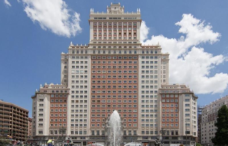 Riu ya tiene permiso para remodelar el Edificio España