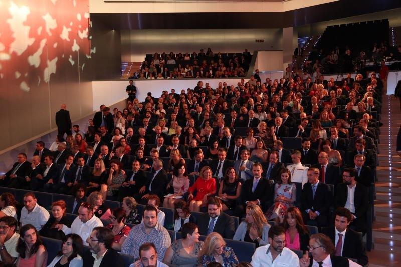 Un millar de invitados acudieron a la inauguración del Palau de Congressos de Palma.