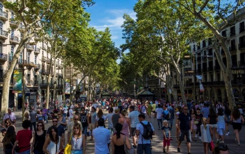 'Barcelona está llena', dicen las agencias de viajes.