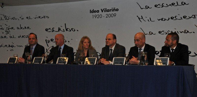 Autoridades de Antel, AEG y el Ministerio de Industria en el anuncio del acuerdo entre la empresa gestora y el Estado uruguayo.