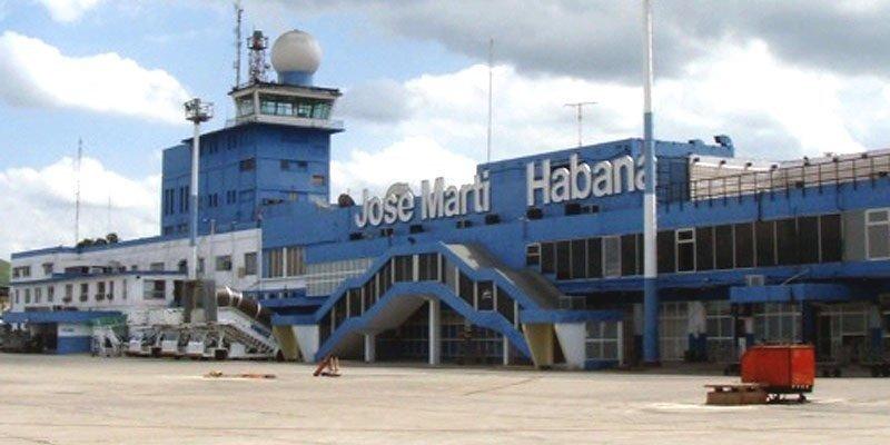 Reabren gradualmente los aeropuertos cerrados por Irma