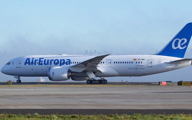 Avión Boeing 787 Deamliner de la flota de Air Europa.
