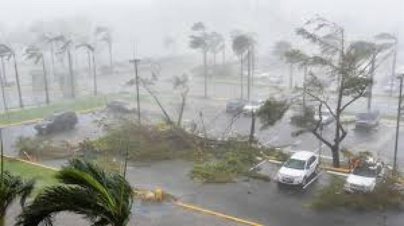 Huracán María dejo a todo Puerto Rico inundado y sin luz