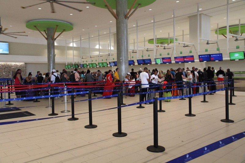 El Aeropuerto de Punta Cana volvió a operar en la tarde del jueves.