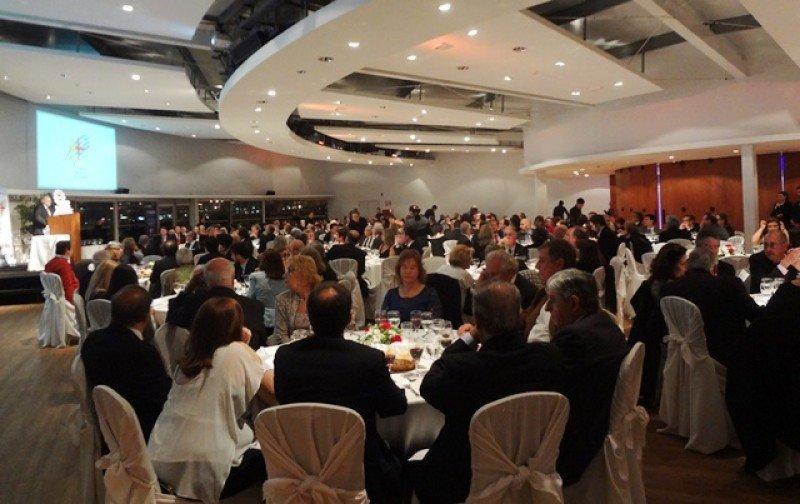 La cena de la Cámara Uruguaya de Turismo se celebrara, como el año pasado, en Kibón, donde será entregados los premios Sol de Oro.