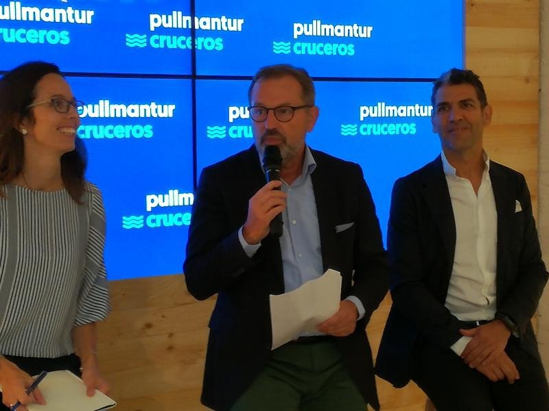 El CEO de Pullmantur, Richard Vogel, junto al chef Paco Roncero.