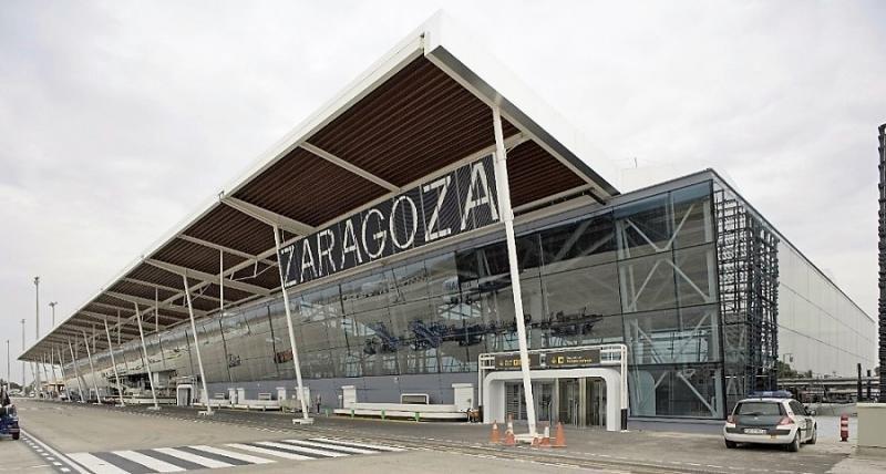 Ryanair y Wizz Air reciben entre 5 y 6 € por pasajero de Zaragoza