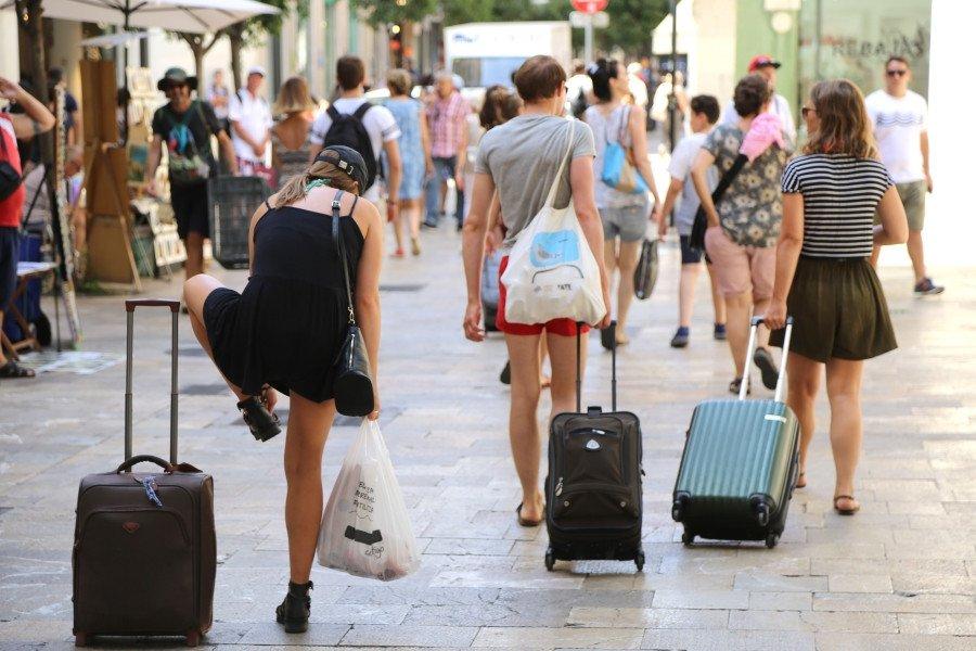 Todas las previsiones señalan que España cerrará el año con más de 80 millones de turistas internacionales.