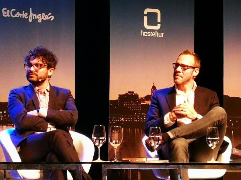 Luca Romozzi ,de Sojern, y Andrew van der Feltz, de Expedia Media Solutions (de izqu. a dcha.)