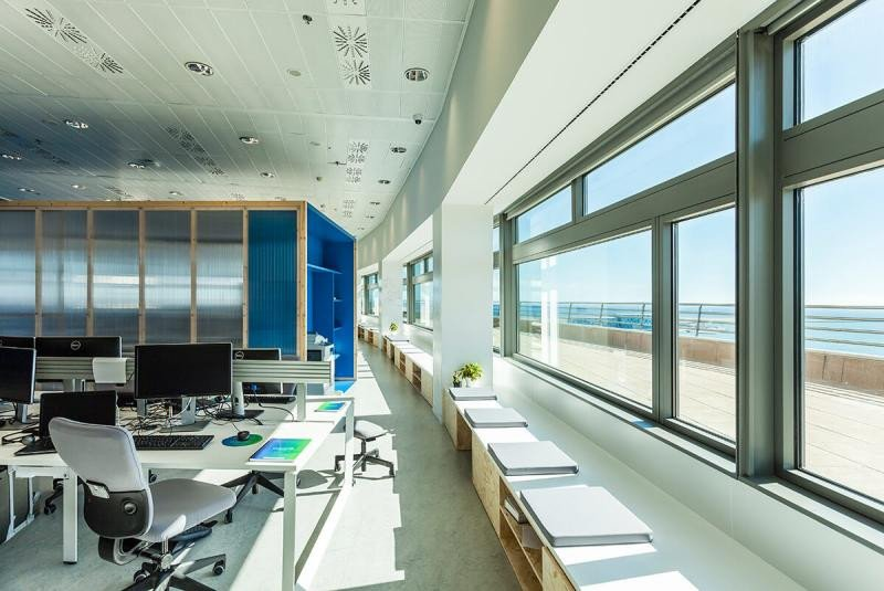 Precisamente la OTA había ampliado su presencia en Barcelona con nuevas oficinas. Fotografía del estudio de arquitectura vimworks.