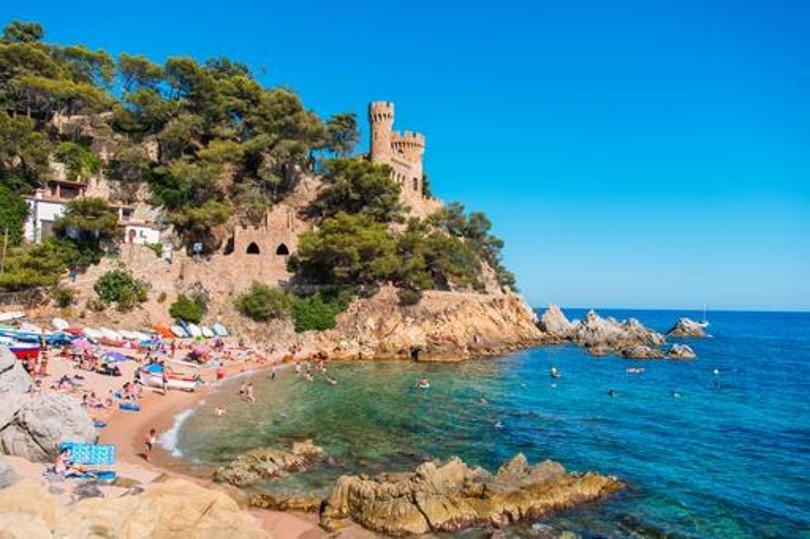 Cataluña es el destino turístico que más turistas recibe en nuestro país.
