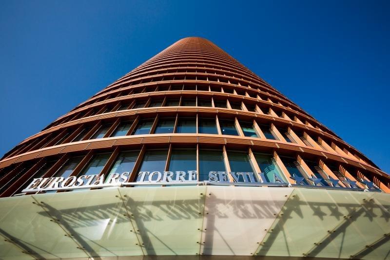 Caixabank adjudica a FCC la ampliación del Eurostars Torre Sevilla