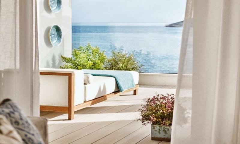 El Nobu Hotel Ibiza Bay ha sido el único inaugurado en la isla en lo que llevamos de año, al que próximamente se sumarán cinco nuevos establecimientos, casi todos de máxima categoría.