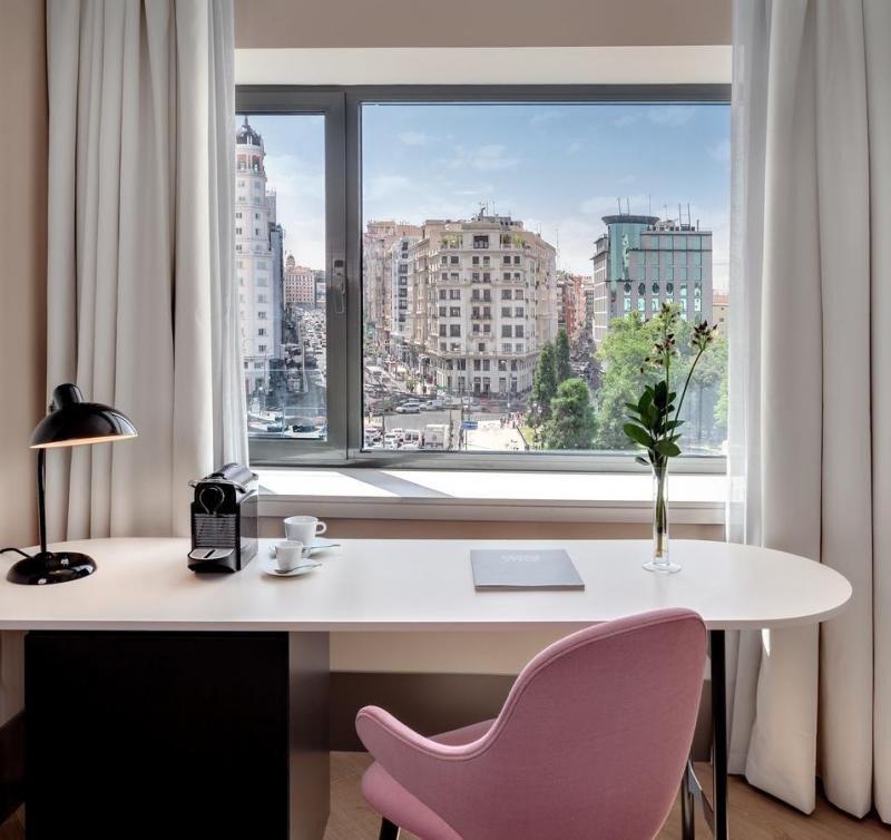 Habitación con vistas en el Barceló Torre de Madrid.