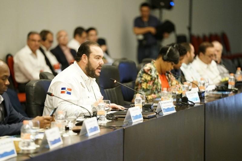 Víctor Gómez Casanova durante la conferencia en México. Víctor Gómez Casanova durante la conferencia en México.