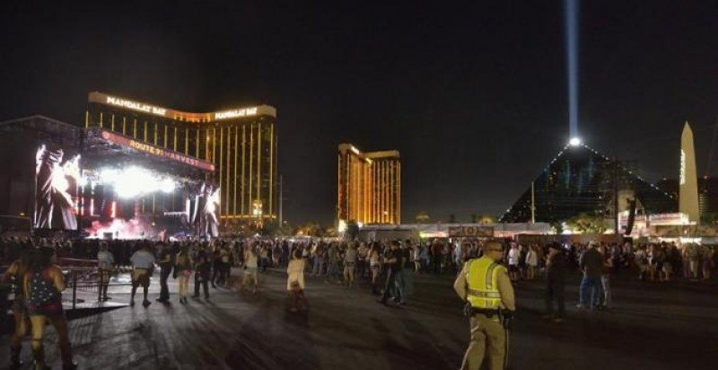 Al menos 58 muertos y 500 heridos en un tiroteo en Las Vegas