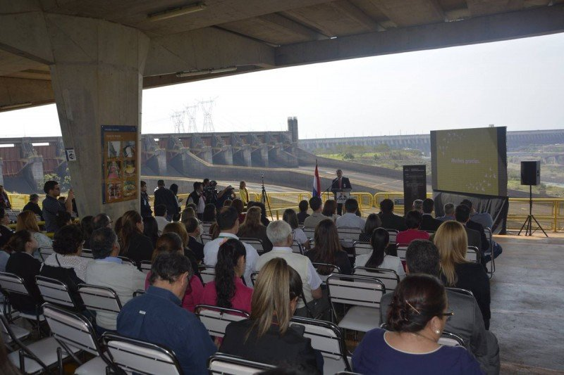El lanzamiento de la FITPAR 2017 se realizó este año en la represa de Itaipú.
