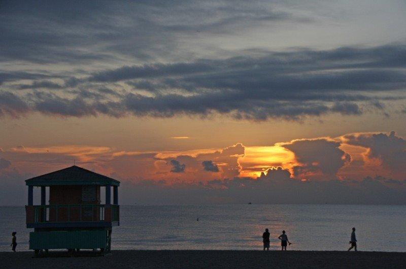 Miami Beach adelantará la hora de cierre de sus playas por seguridad