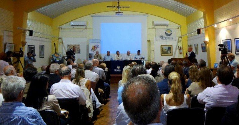 Reunión de la Cámara Uruguaya de Turismo en Maldonado. Foto: J. Lyonnet.