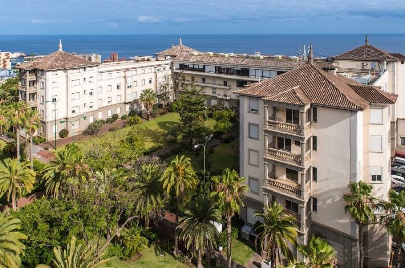 Tenerife amplía hasta el 10 de enero el plazo para pujar por el Taoro