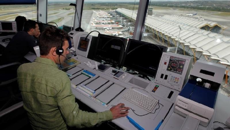 Se incorporan 107 controladores aéreos a la plantilla de Enaire