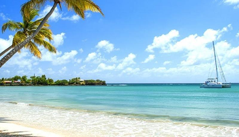 El Caribe prevé récord de llegadas de turistas en 2017 pese a los huracanes