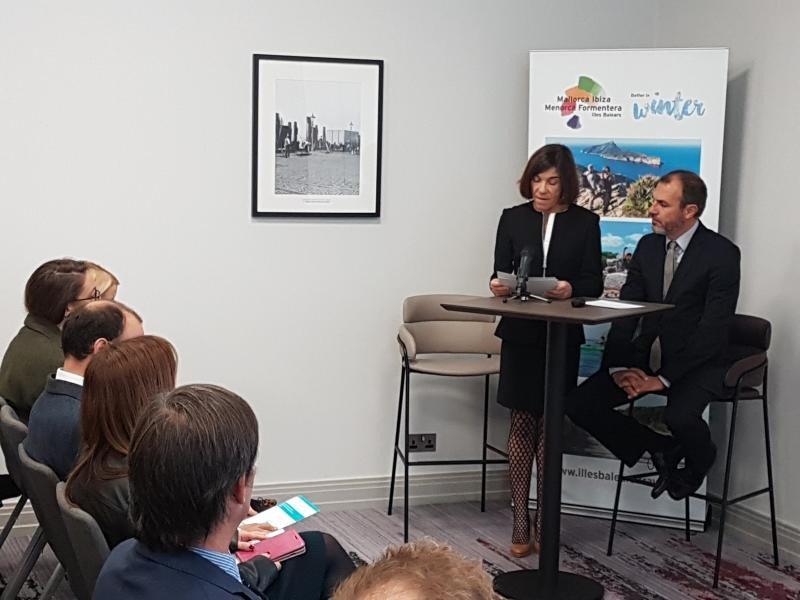 Pilar Carbonell y Gabriel Barceló presentaron este martes en la World Travel Market la estrategia de sostenibilidad de Baleares