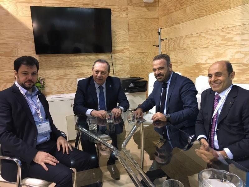 En WTM Gustavo Santos recibió al vicepresidente Ejecutivo y Consejero Delegado de Meliá Hotels International, Gabriel Escarrer.
