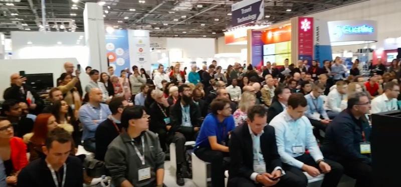 El debate sobre el futuro de los agentes de viajes generó una gran expectación en la feria World Travel Market.