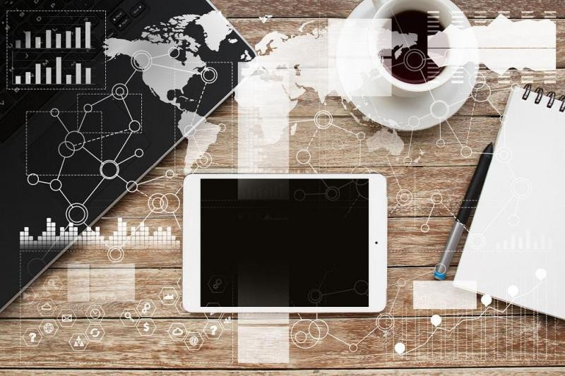 Los consumidores visitan hasta 38 webs antes de reservar su viaje; el 41% empieza su búsqueda desde un dispositivo móvil pero el 55% prefiere reservar desde el ordenador.
