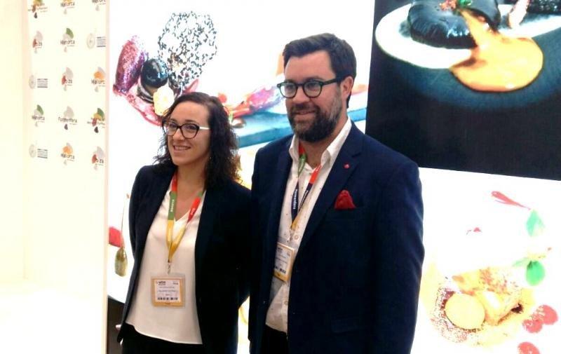 El alcalde de Palma de Mallorca, Antoni Noguera, y la concejala de Turismo, Joana Maria Adrover, presentaron la semana pasada en la feria WTM de Londres la nueva campaña de promoción centrada en el turismo cosmopolita y gastronómico.