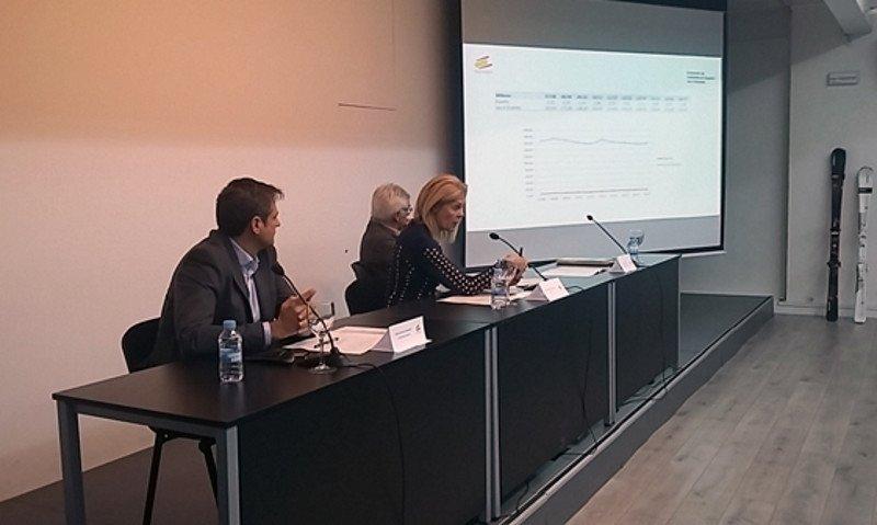 La presidenta de Atudem, María José López, presentó ayer en Madrid las novedades de la nueva temporada.