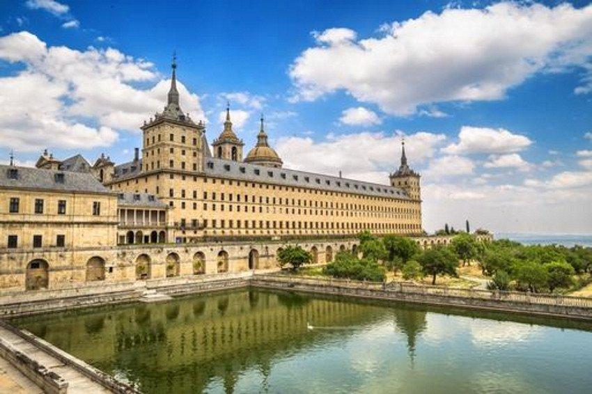 El encuentro se celebrará en San Lorenzo de El Escorial.
