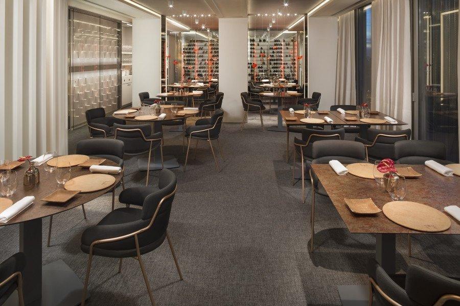 El restaurante Dos Cielos, de los hermanos Torres, situado en la planta 24 del hotel Meliá Barcelona Sky, obtiene su segunda Estrella Michelín.