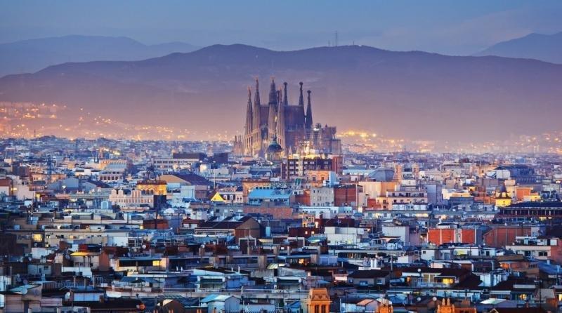 Airbnb seguirá anunciando pisos sin licencia en Barcelona