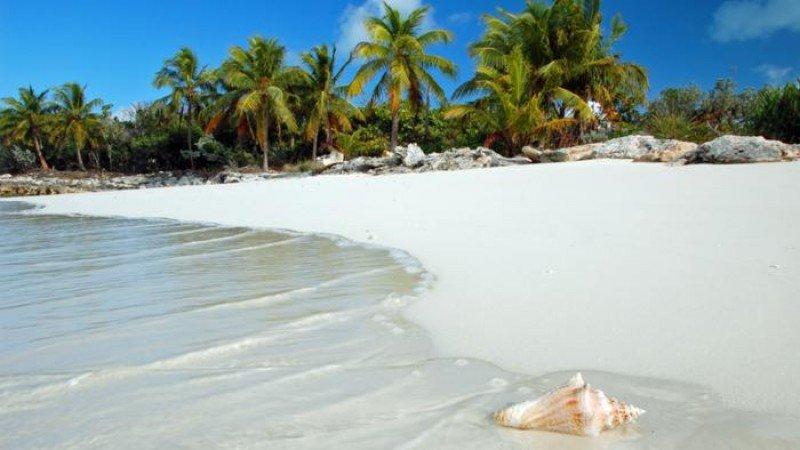 Santa Lucía es uno de los destinos favoritos de decenas de miles de canadienses.