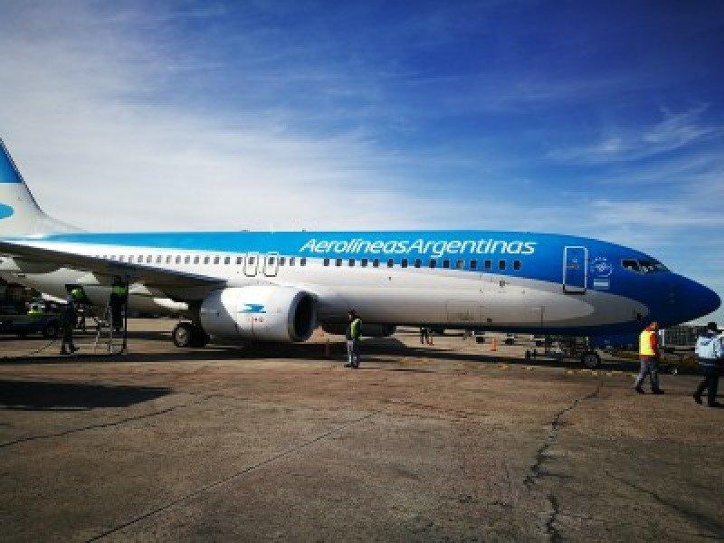 Continúan las cancelaciones en vuelos internacionales de Aerolíneas Argentinas