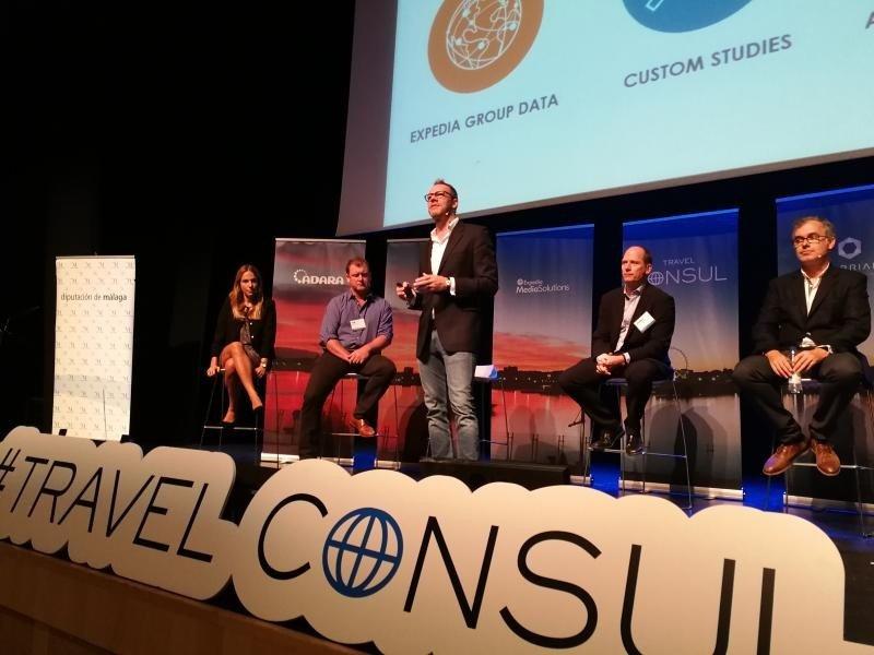 Andrew van der Feltz, de Expedia Media Solutions, durante su intervencion en el Malaga Costa del Sol Marketing Summit, organizado por Travel Consul en octubre.
