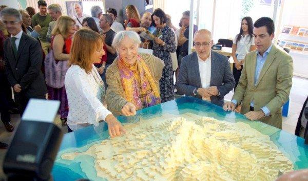 Las oficinas de turismo del futuro abren sus puertas en for Oficina de turismo gran canaria
