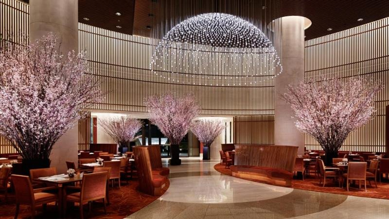 Hall del hotel The Península Tokio.