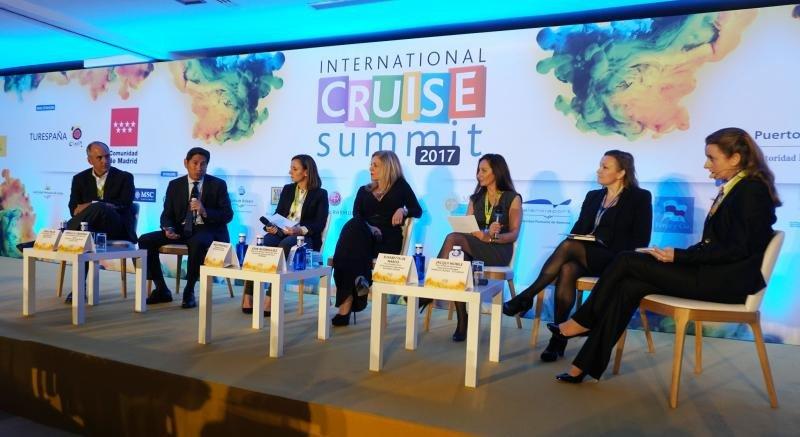 Los cruceros defienden su sostenibilidad frente a la turismofobia
