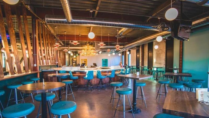 Restaurante informal (Foto: CNN/Cortesía de Amber Boutwell, Punch Bowl Social).